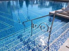泳いでよし!眺めてよし!株価もよし!:Pool Corporation(米国)